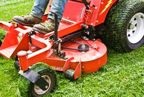 commercial landscape lawn care services Vaughan Ontario
